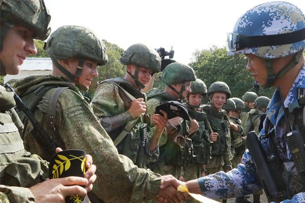 直击中俄海军陆战队联合反恐比赛