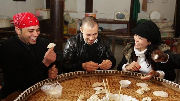 美国人:谁说中国人待人不友好?美网站说法不正确