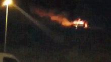 实拍私人飞机迫降土耳其机场大火浓烟滚滚