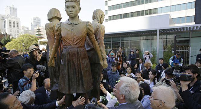 """旧金山设定9月22日为""""慰安妇日"""" 举行纪念雕像揭幕仪式"""