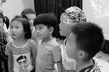 幼儿园接纳烧伤男童