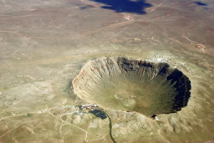 地表迄今最高温度算出 锆石被击瞬间达2370℃