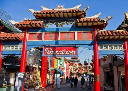 洛杉矶两名华人被刺死 法官因不懂粤语延期预审