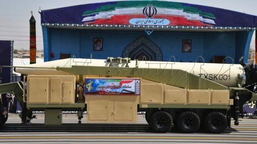 伊朗试射射程2000公里弹道导弹 可携多个弹头