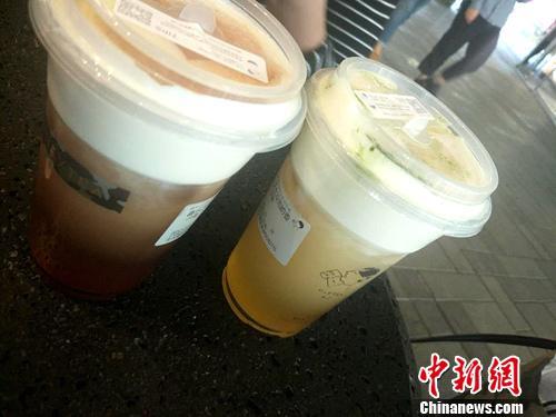 """排两小时队买杯喜茶引争议 有""""黄牛""""月入万元"""