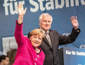 默克尔获得32.5%支持率 将第四次连任德国总理