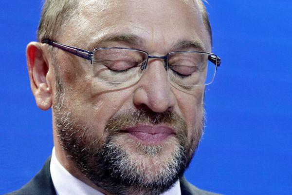 """德国社民党主席舒尔茨承认败选 称""""这是一场惨败"""""""