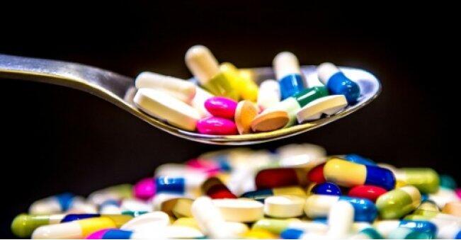 过犹不及!老年人服用多种药物或引发多种风险