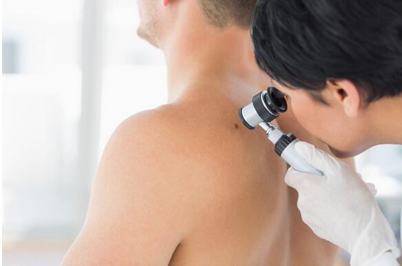 法国皮肤科协会:逾3成法国人被皮肤病所困扰