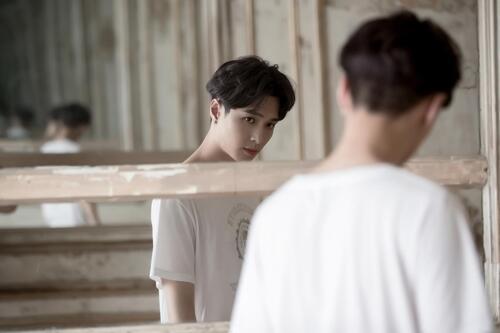 EXO张艺兴将推第二张个人专辑 新曲《I NEED U》MV惊喜公开