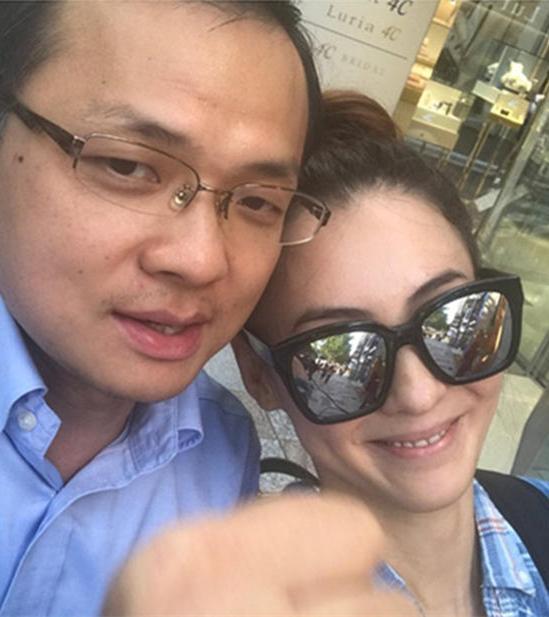 张柏芝否认与神秘男新恋情:只是感情很好的朋友