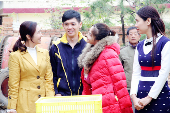 《苦乐村官》央视开播 刘马正一呆萌出场