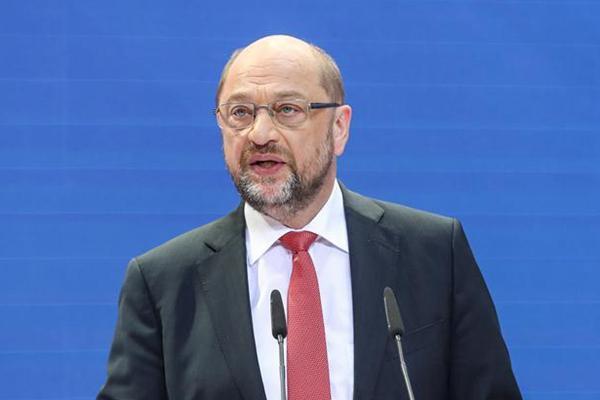 德国:舒尔茨举行新闻发布会 社民党比上次选举得票率下降