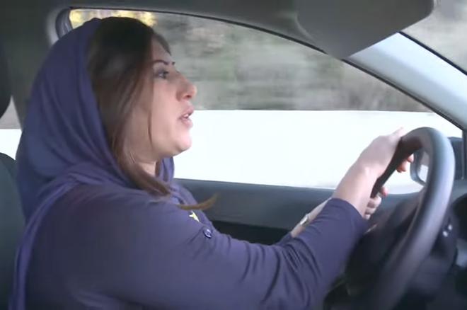沙特阿拉伯宣布:明年6月起女性驾车合法化