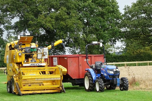 机器人农民已经亮相:自己种植自己收割