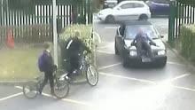 加拿大一家长开车硬闯学校撞伤老师激怒网友