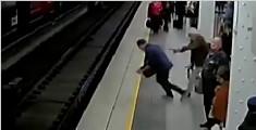 澳男子突昏倒跌下站台 六乘客慌忙跳下伸手相救