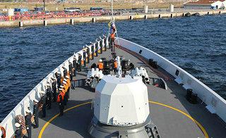 中国海军访问丹麦获热烈欢迎