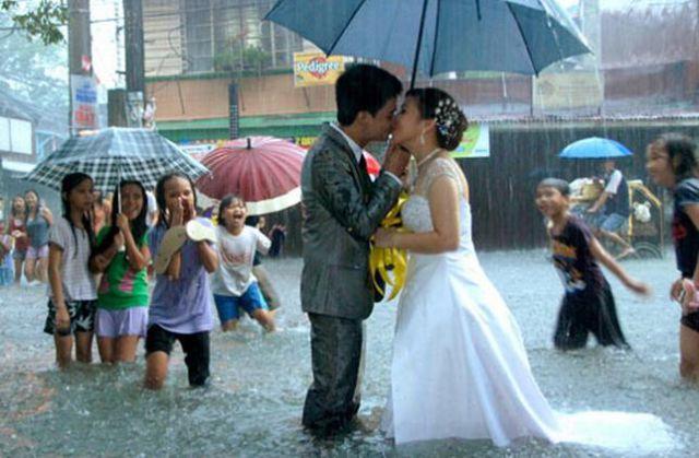 这样的婚礼很疯狂图片