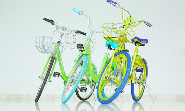 """艰难支撑的""""圣斗士""""单车:敲响共享单车界警钟"""