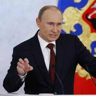 俄乌抢朋友,中国该帮谁?