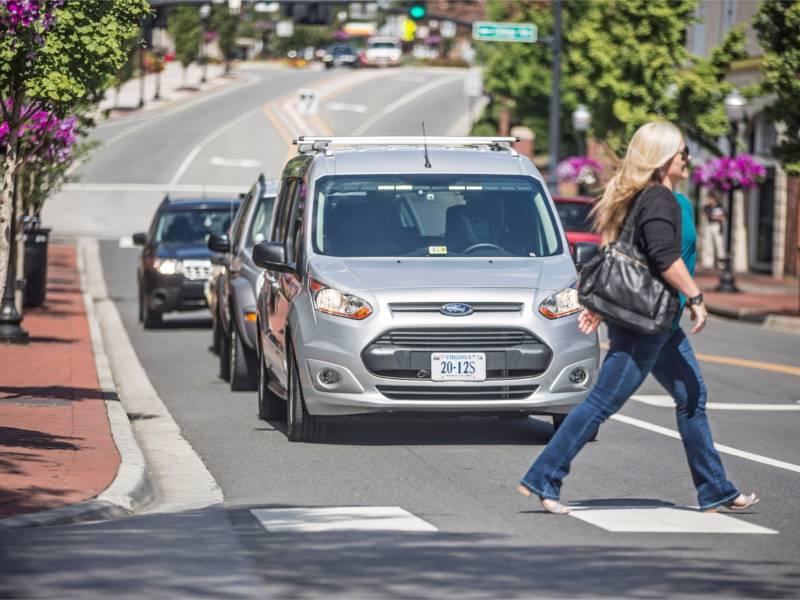 福特联合Lyft  拟2021年前推广自动驾驶汽车