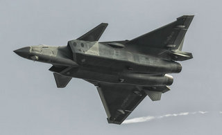 中国国产五代机全球第二个服役