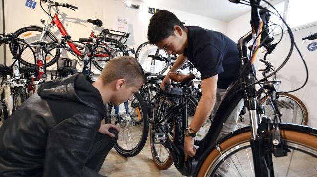 法国:2018年起取消购买电动自行车补助