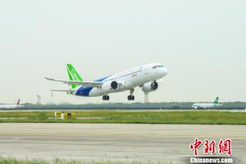 媒体:C919客机正式投入航线还需约3年 将有6架投入试飞
