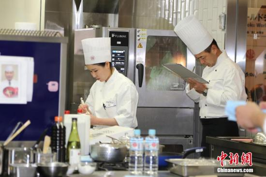 """华媒:日本迎""""和食热"""" 日料专业中国留学生大增"""