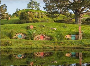 美媒揭秘新西兰霍比屯 看看导演为了拍《霍比特人》都做了什么布景?