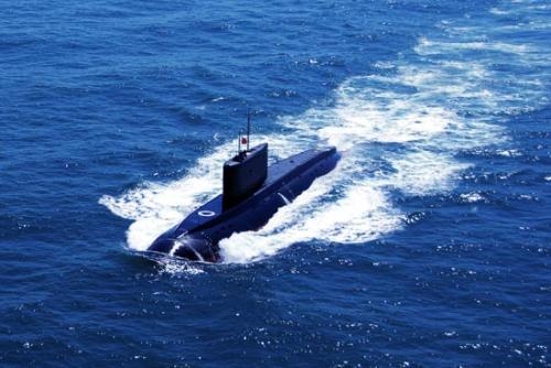 东海舰队潜艇远航创多个首次 牵动对方大批兵力