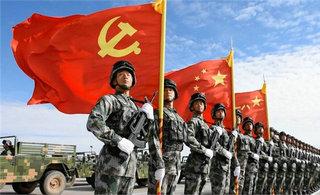中国军队最先进武器轮番登场