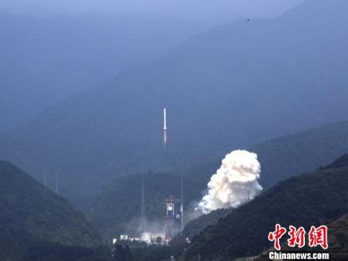中国将加快小型商业火箭研制 提供商业发射服务