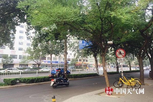 北京国庆当天阵风达6级 2日最高气温仅20℃