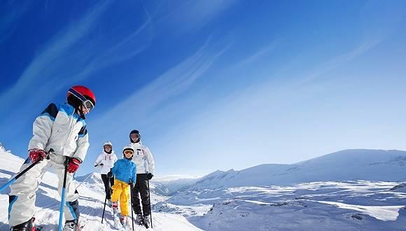 滑雪运动在中国正变得流行
