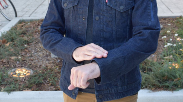 谷歌智能夹克试穿记:一款舒适的联网夹克