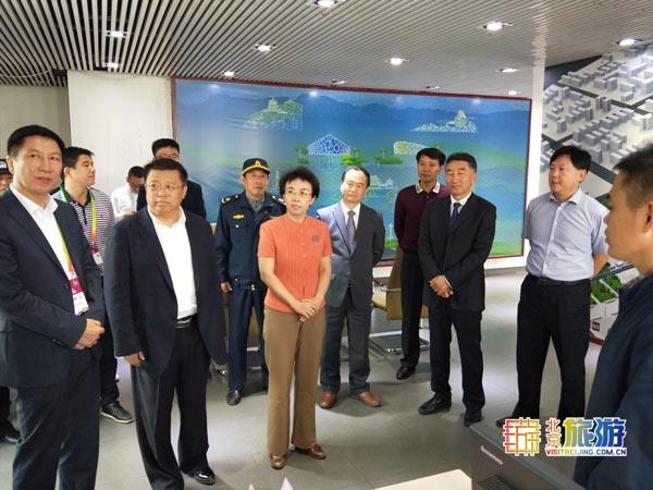 程红副市长到朝阳区旅游投诉和综合执法站检查并慰问
