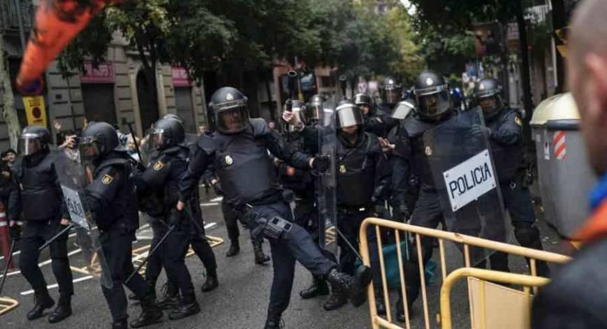 当中国人庆祝国庆时,西班牙却出了震动全世界的大事!