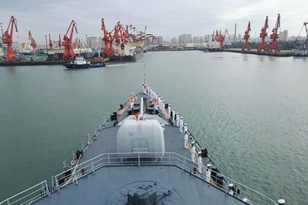 我舰艇编队完成中俄联演任务返回青岛