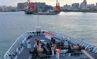 中国舰艇编队完成中俄联演返回