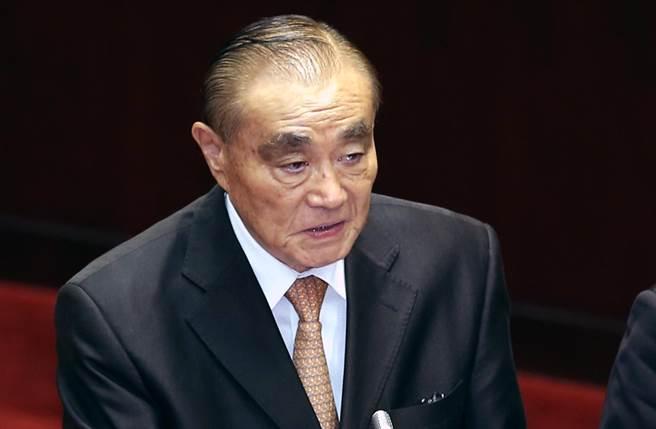 冯世宽称解放军若攻台可以撑不止两周 遭讽:哪来的自信?