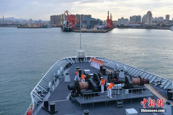 中国海军舰艇编队完成中俄联演任务返回青岛