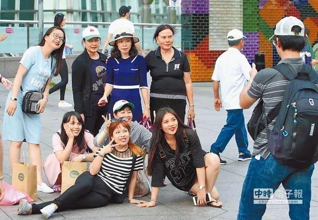 十一黄金周大陆游客出境游火热 台湾旅游业只能看着流口水?