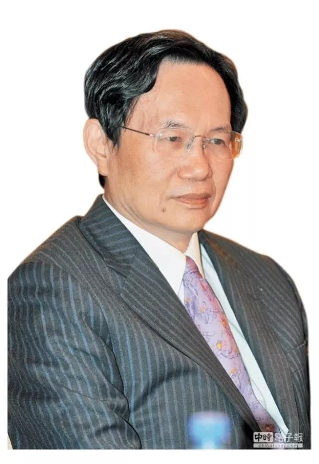 """台媒:李登辉暗推""""两国论入宪"""" 台海险开战"""