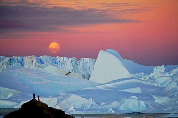 壮美!南极中山站中秋圆月与极光同现天际