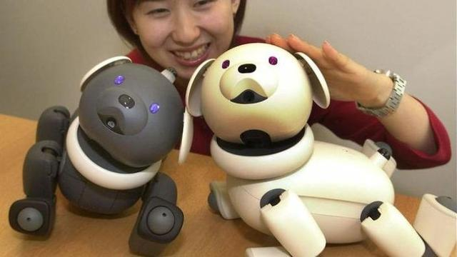 索尼新款智能机器狗