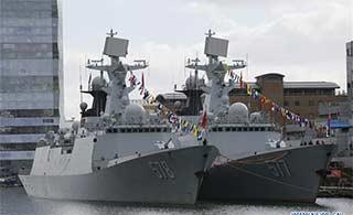 中国海军舰队访问伦敦很有气势