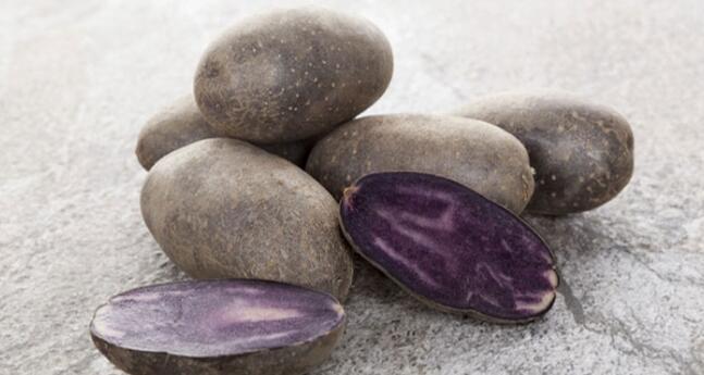 美专家:吃紫薯可预防结肠癌 不论生熟