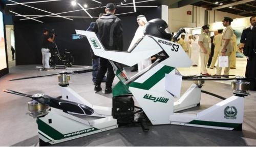 迪拜警方展示飞行摩托车:可进行远程操控